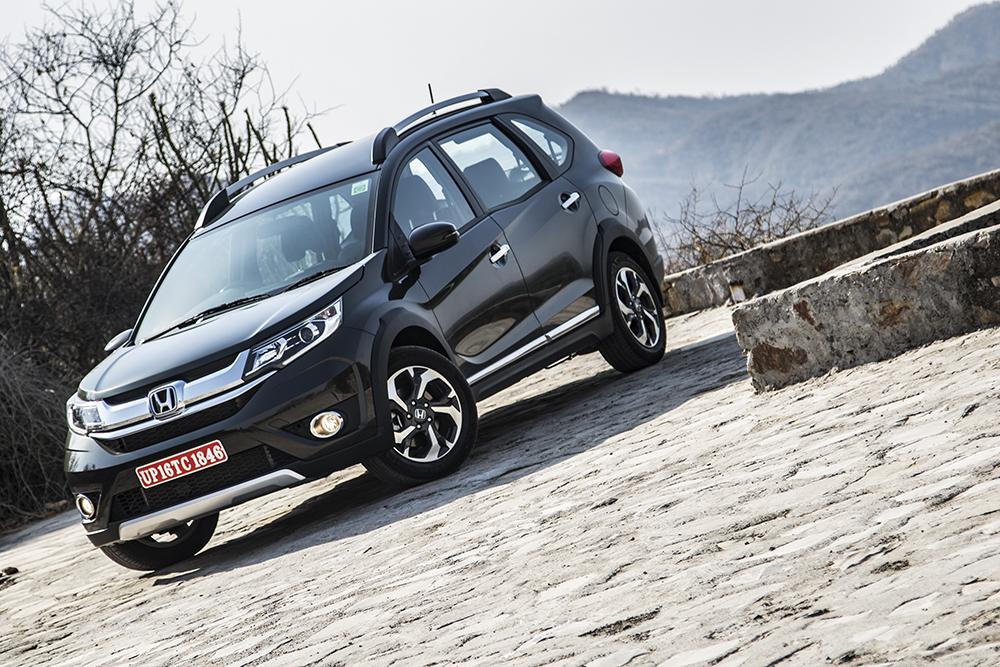 Br v new world honda br v first drive review motoring for Honda extended warranty cost 2016
