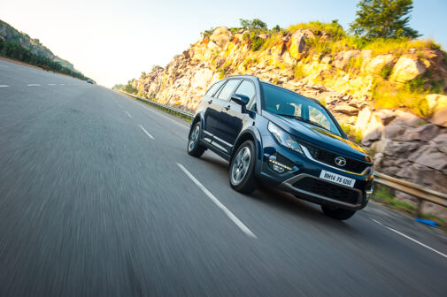 tata-hexa-review-front