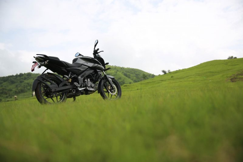 Bajaj Pulsar NS 160 Review Rear