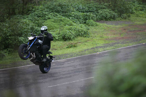 Yamaha MT-09 Wheelie