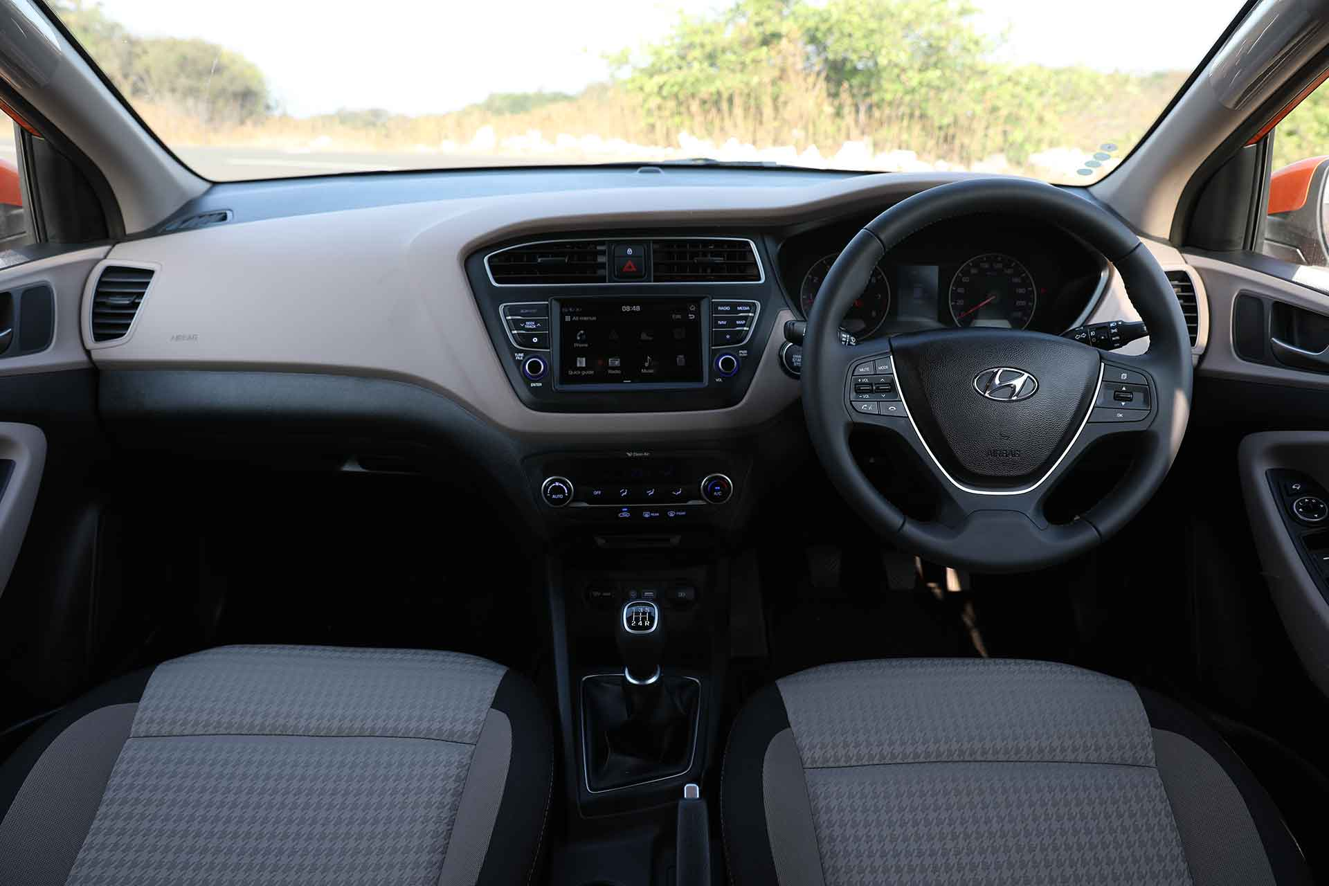2018 Hyundai Elite i20 Interior
