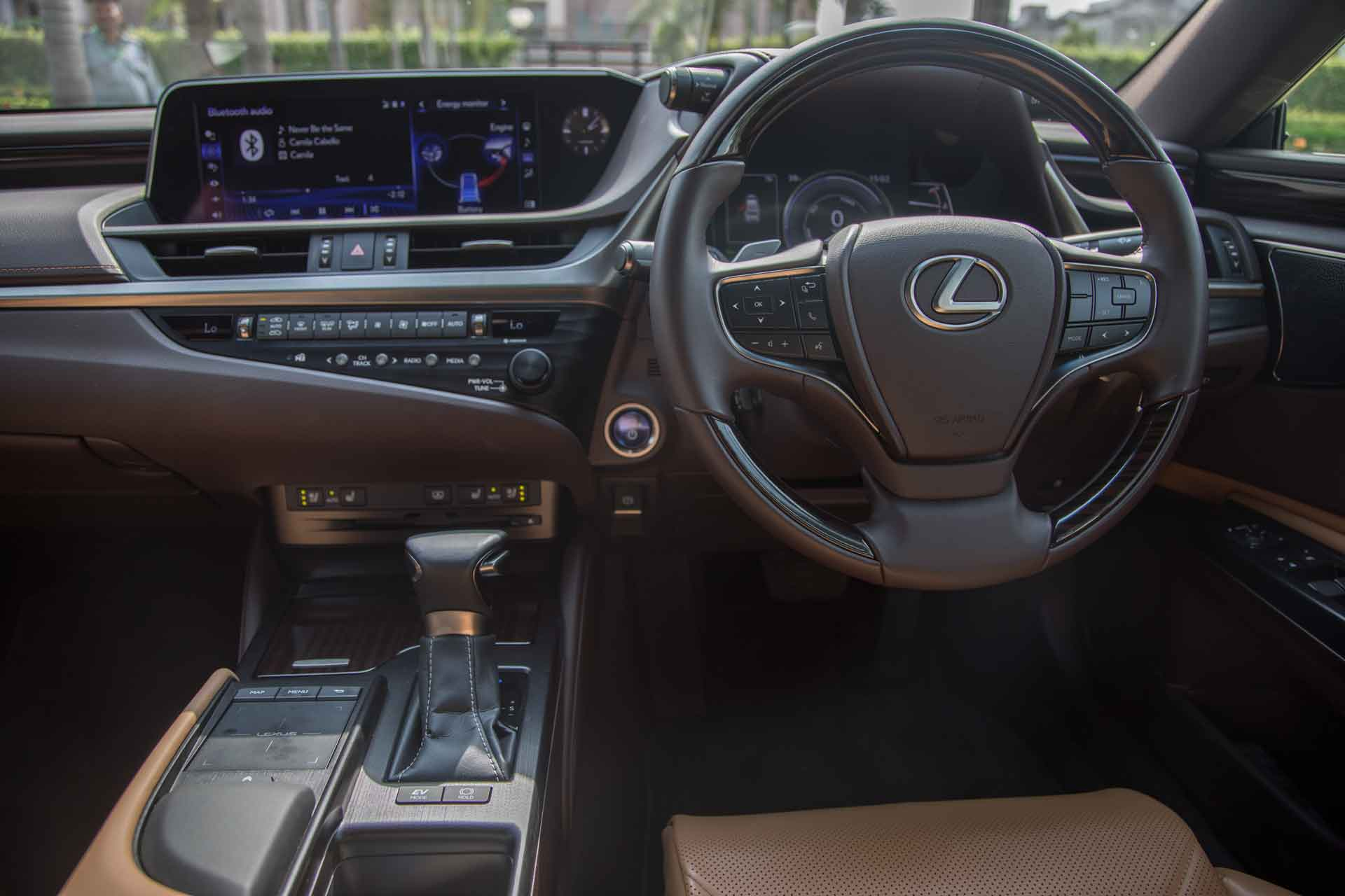 Lexus ES300h India Review Interior Dashboard