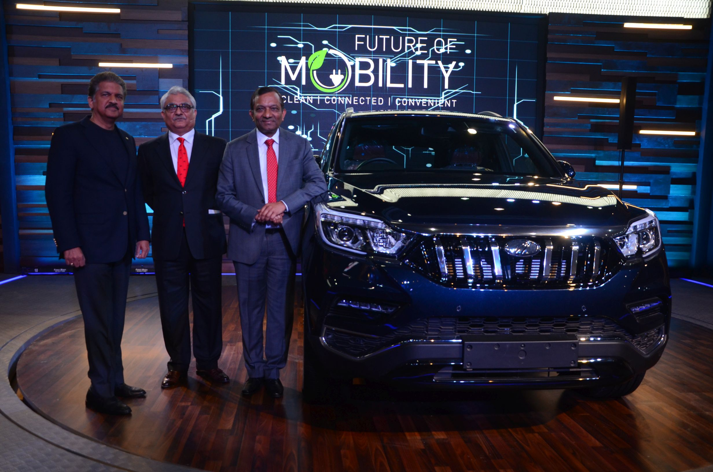 Mahindra To Launch Rexton Based Flagship Suv Y400 Next Month
